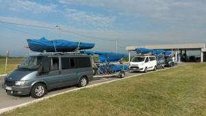 Ameddig a szem el lát csak jó hajókat látni. A Magyar román határon a lelkes csapat útban Görögországi kavala felé a 2015-ös Masters világbajnokságra.